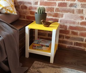 TRIVENTI Bedside Table Stool - Yellow / White Legs